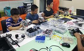 小孩能学会机器人18luck新利app吗,好学吗?