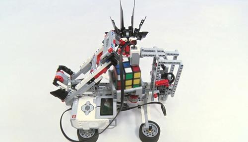童程童美乐高机器人解魔方机器人