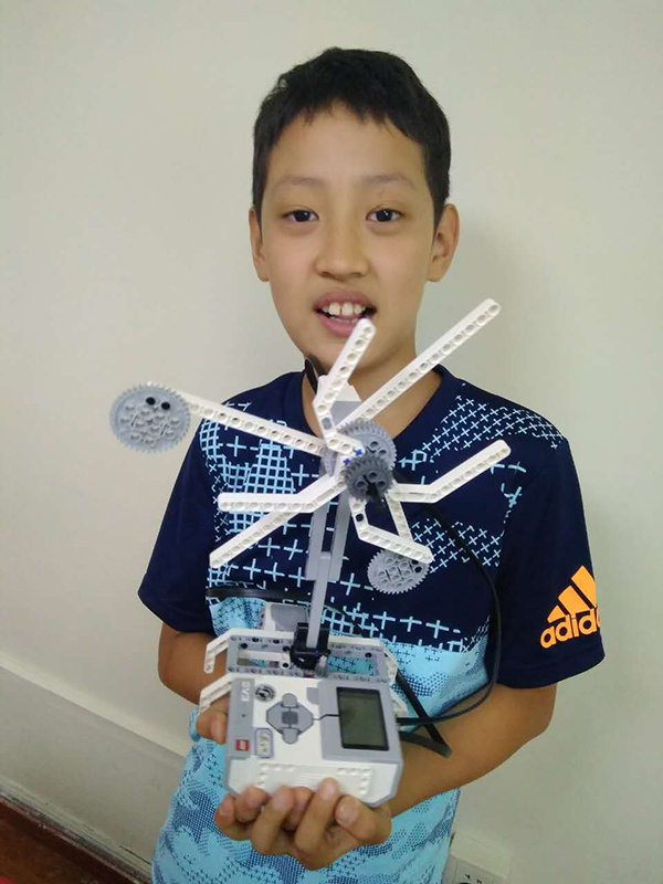 北京大钟寺校区:智能机器人18luck新利app乐高体验课