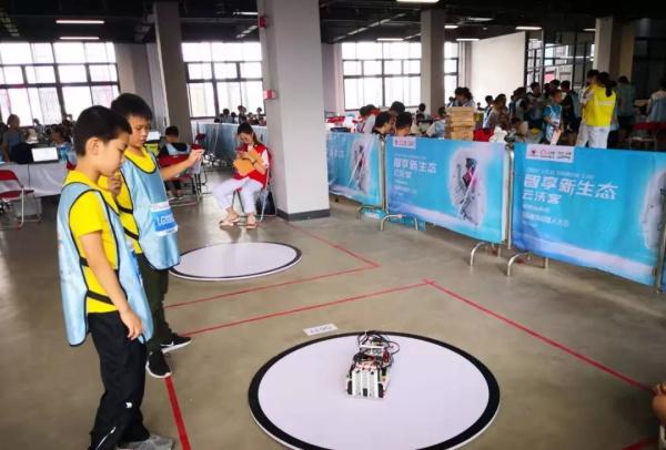 超燃!勇夺三冠,为国争光,童程童美问鼎2019RoboRAVE世界总决赛!