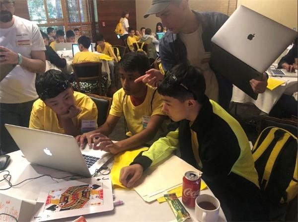 发现杯全球赛在斯坦福大学收官,童程童美助力中国编程少年在世界舞台圆梦!