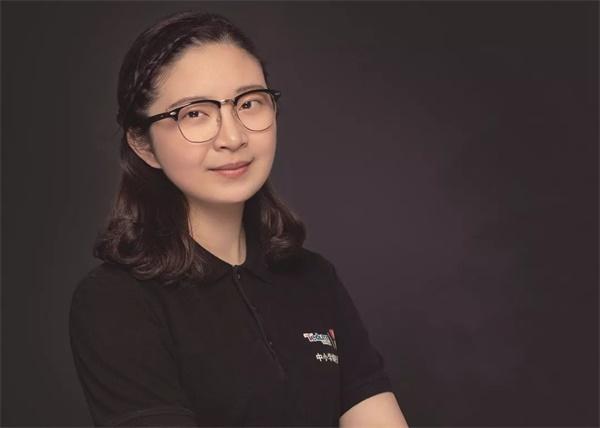 童程童美受邀参加湖北广播电台节目:少儿18luck新利app,不容忽视的未来之光!